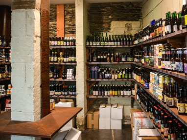 https://donaldspub-angers.fr/wp-content/uploads/2018/08/craft_beer_place_3.jpg